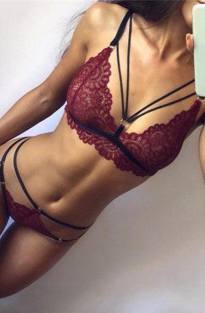 Set rosu de bikini si sutien model Ana