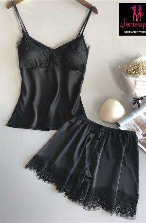 Pijamale negre sexy